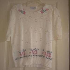 Sweater-Short Sleeve-w/ Roses